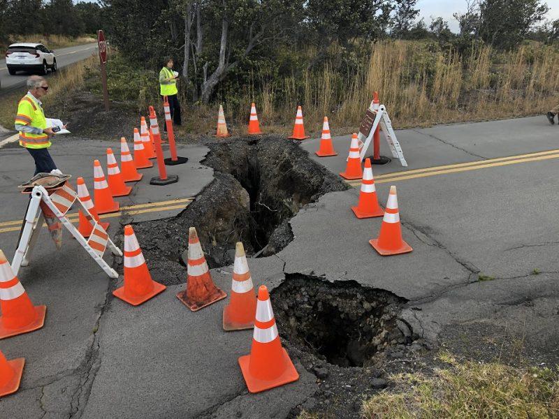 Earthquake damage to Kīlauea Overlook Road